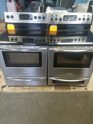 Frigidaire stove double oven, 60 days warranty for Sale in TN, US