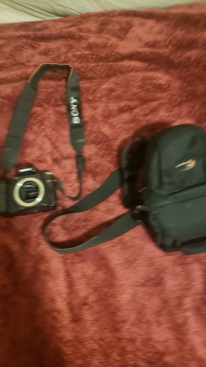 Sony Dslr-A100 for Sale in Milwaukie, OR