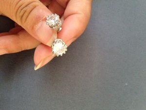 925 Sterling silver zircon diamond crown small stud earrings for Sale in Moreno Valley, CA