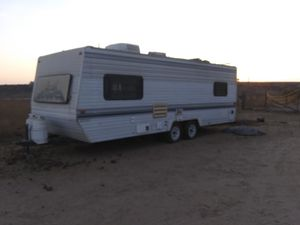 Nomad Rv 2450 Nice and clean for Sale in Fresno, CA