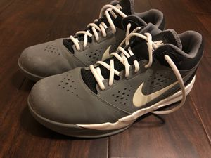 Nike Zoom Tennis Shoes Size 11 for Sale in Gretna, LA