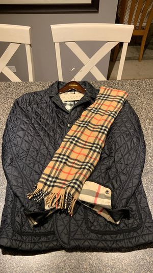 Burberry Jacket (L) for Sale in Ontarioville, IL