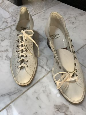VINTAGE Lace Up Shoes by JCPenney co size 8 for Sale in St. Louis, MO