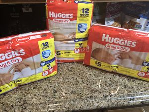 Huggies Diapers Sz. Newborn for Sale in Fort Washington, MD