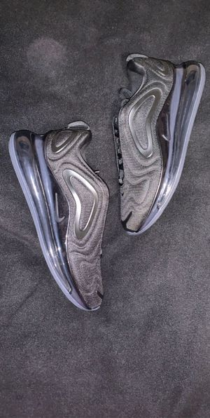 Nike Air Max 720 for Sale in Stockton, CA