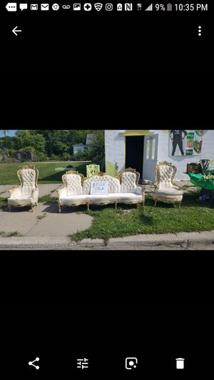 antique furniture 1950s at $700 eat to live for Sale in Detroit, MI