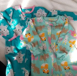 2 Carter's Footed PJs 24 Months for Sale in Anaheim, CA