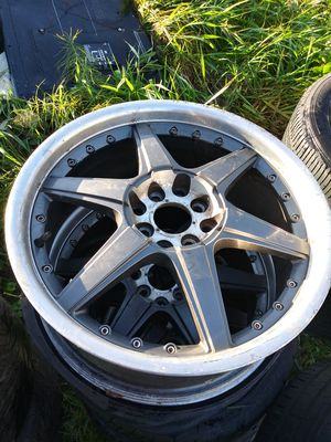 Universal 4 lug 17inch wheels for Sale in Puyallup, WA