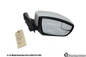 12 13 14 FORD FOCUS ST OEM RIGHT PASSENGER HEATED DOOR MIRROR for Sale in Hialeah, FL