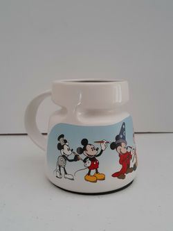DISNEY STORE MICKEY MOUSE TRAVEL MUG HIGHWAVE LID THROUGH THE YEARS Made in USA for Sale in West Palm Beach,  FL