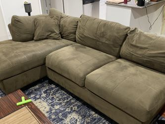 Sectional Couch for Sale in Culver City,  CA