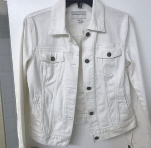 Banana Republic white denim jacket for Sale in Montgomery Village, MD
