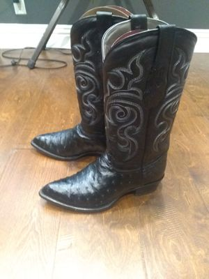 Botas seminuevas originales for Sale in Norwalk, CA