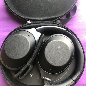 Sony WH-1000XM2 for Sale in Daly City, CA