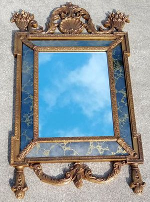 """Wall Mirror Vintage 1972 *75.00 Firm* Solid Wood Frame with Glass Center & Gold Vein Accent Border Glass 54"""" x 32"""" for Sale in Orlando, FL"""