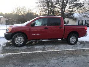 Nissan titán del 2008 con 102371 millas buenas condiciones título limpio for Sale in Sterling, VA