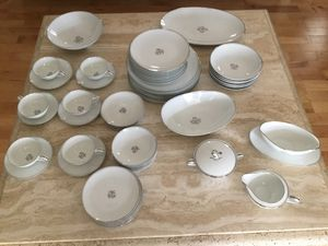 Noritake Bessie fine china please read what can be shipped can sell separate for Sale in Flower Mound, TX