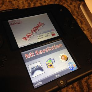 Nintendo 2DS plays 3ds games ds dsi for Sale in Seattle, WA