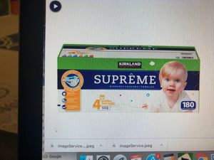 Kirkland signature supreme diapers size 4- 180 count for Sale in Sunnyvale, CA