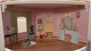 4 - Story Doll House! for Sale in Dallas, TX