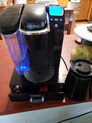 keurig for Sale in Collinsville, IL