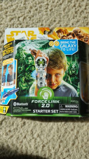 Star Wars Force link 2.0 starter set with Han Solo figure for Sale in Des Moines, WA