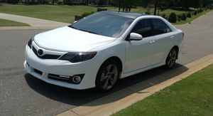 Super price.2012 Toyota Camry Fully loaded. FWDWheels for Sale in New Haven, CT