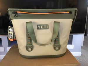 Yeti hopper 30 soft cooler new in box for Sale in Chavies, KY