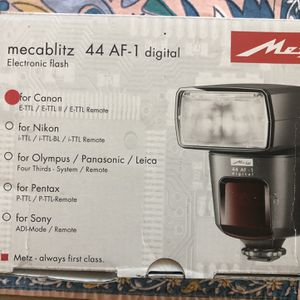 Metz Megablitz External Flash, for Canon. In the box, never used. for Sale in Plano, TX