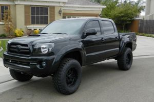 Very Nice 2007 Toyota Tacoma TRD Cool Traction for Sale in Milwaukee, WI