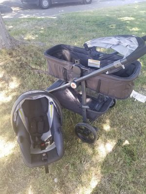 STROLLER AND CARRIAGE CAR SEAT for Sale in Ceres, CA