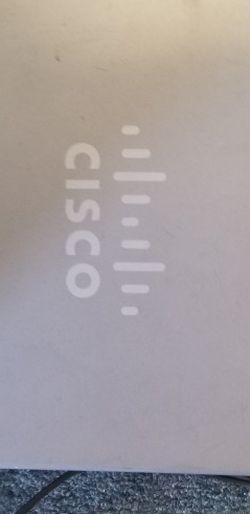 Cisco Linksys RV016 Multi-WAN VPN Router for Sale in Summerfield,  FL