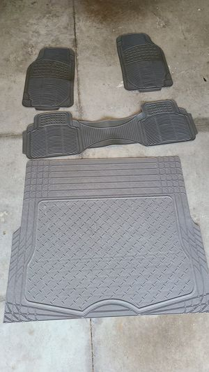 Universal mats for any SUV or MINIVAN for Sale in Cape Coral, FL