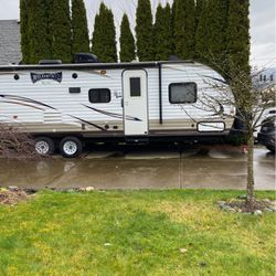 2016 Wildwood X-lite 263 BHXL for Sale in Damascus,  OR