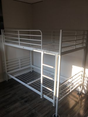 Bunk bed for Sale in Milpitas, CA