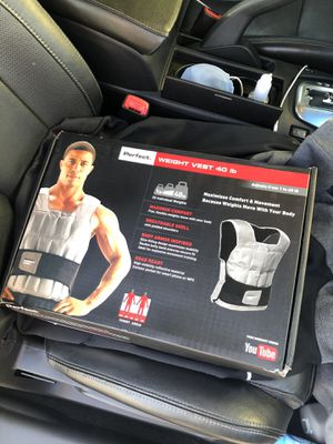 40lbs adjustable weight vest for Sale in Norwalk, CA