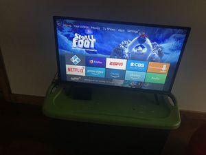 32 inch vizio and fire tv both has the remote for Sale in Detroit, MI