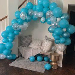 Free Balloon Garland for Sale in Carrollton,  TX
