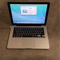 Macbook Screen Issues Works No Charger for Sale in Issaquah,  WA