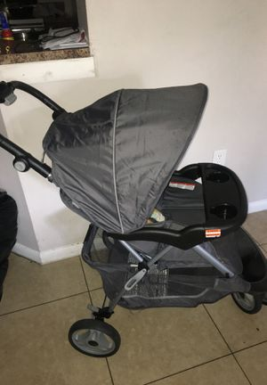 Baby-trend stroller for Sale in West Palm Beach, FL