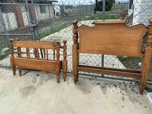 Twin wood bed frames with rails for Sale in Menifee, CA