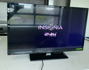 "Insignia 32"" TV w/ remote for Sale in Silver Spring, MD"