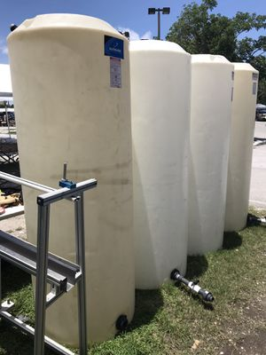 265 gallon water tanks for Sale in Opa-locka, FL