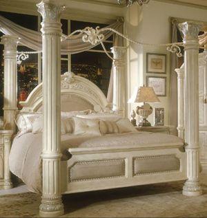 AICO by Michael Amini bedroom set. PLEASE READ DESCRIPTION. Check our prices for Sale in Lake Worth, FL