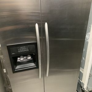 """Kitchen Aid 42"""" Built In Refrigerators Side By Side for Sale in Yorba Linda, CA"""