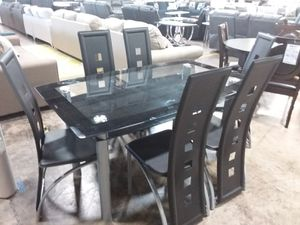 DINING TABLE AND SIX CHAIRS for Sale in Allen, TX