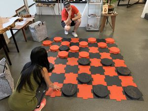 Checkers puzzle pieces and game for home entertainment kids adults new local biz for Sale in San Diego, CA