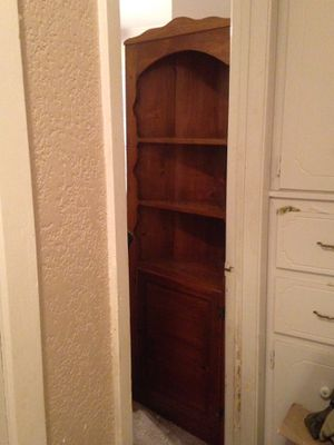 Corner Cabinet for Sale in Eddy, TX