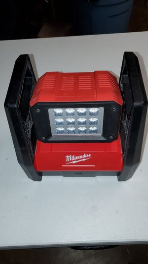 Milwaukee M18 LED Flood Light for Sale in Pearl City, HI