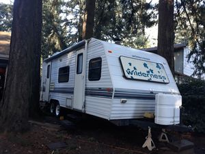 1997 Wilderderness RV/Camper Trailer by Fleetwood for Sale in Vancouver, WA